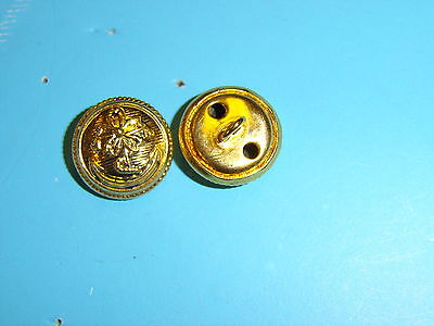 b2457 WW 2 Japanese Navy button gold Large
