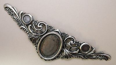 #9076 LONG ANTIQUED SS/P DESIGNER BROOCH W/25x18 & 8mm BEZELS - 1 Pc Lot