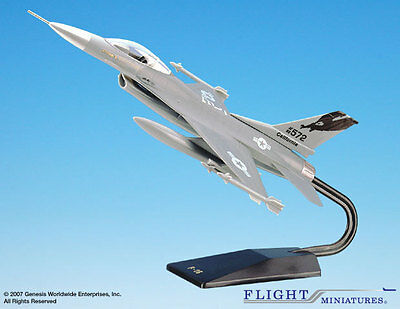 Flight Miniatures California Air National Guard General Dynamics F-16 1:48 Scale