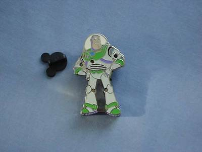 BUZZ Standing LIGHT-UP Blinking LIGHTS TOY STORY 2006 WORKS GREAT  DISNEY PIN