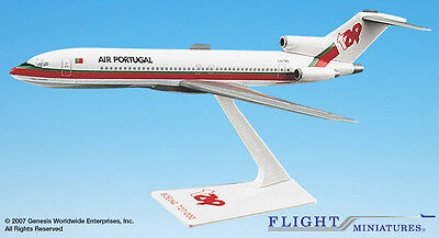 Flight Miniatures TAP Air Portugal Boeing 727-200 1:200 Scale REG#SC-TBS Display