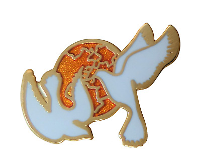 World Peace Doves Pin Badge - T848