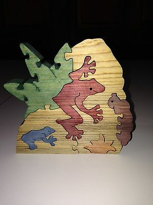 Wooden Rain Forest Frog Puzzle - Handmade - 7 Pieces - Stained