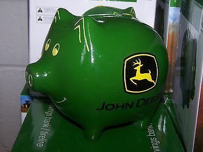 JOHN DEERE TRACTOR GREEN PIGGY PIG BANK NEW IN BOX SO CUTE