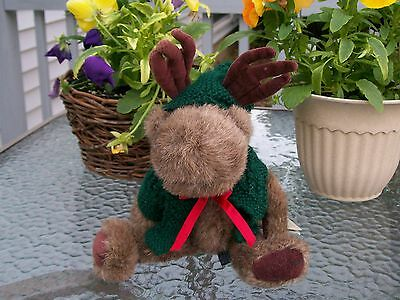 Boyds~Rare Helmut Moose!~Deep Green Knit Hooded Sweater!~Red Ribbon!~1994~