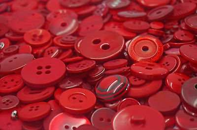 Red Art & Craft Sewing Buttons mixed sizes large small Round Bulk 100g 200g 400g