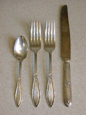 Rogers 1881 Oneida Silver Plate Mystic Coronet 4 Misc Pieces
