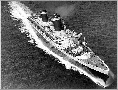 Poster Print Aerial: SS United States During Riband Run, English Channel 1952