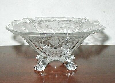 CAMBRIDGE 3400 DIANE ETCHING FOUR TOED 5 3/4 IN MAYO MAYONNAISE BOWL
