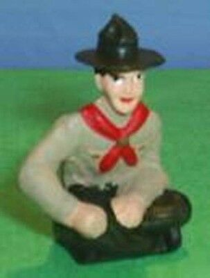 TOY SOLDIERS TIN NORTH AMERICAN BOY SCOUT SITTING 54MM