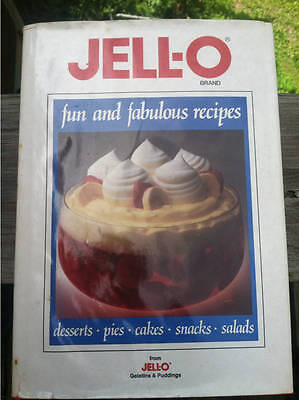 Jell-o Fun and Fabulous Recipes General Foods Corporation 1988 vintage HB