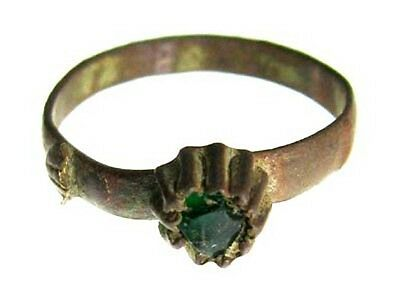 ANCIENT ROMAN BRONZE RING WITH GREEN GEMSTONE c.100 AD - 150 AD - SIZE 6 #14