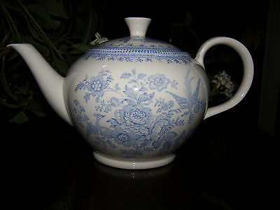 Asiatic Pheasants Tea Pot / Teapot 5 Cup Burleigh England Blue & White Vintage