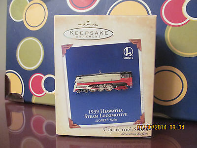Hallmark Keepsake Ornament - 1939 Hiawatha Steam Locomotive - Lionel - 2004