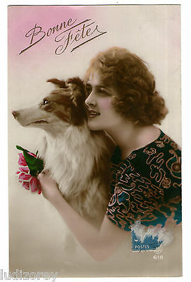 Cpa H66 Miss Pin-Up Garconne Art Deco Caresse Animal Compagnie Chien Race Colley