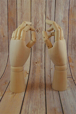 FANTASTIC PAIR OF WOODEN ARTICULATED HAND ORNAMENTS ARTIST DRAWING HAND