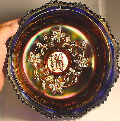 OUTSTANDING FENTON CARNIVAL GLASS  BUTTERFLY &  BERRY 3 FOOTED BOWL IN BLUE