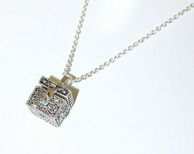 Sister Chest: Prayer Box Pendant Necklace Silver with Chain 24932