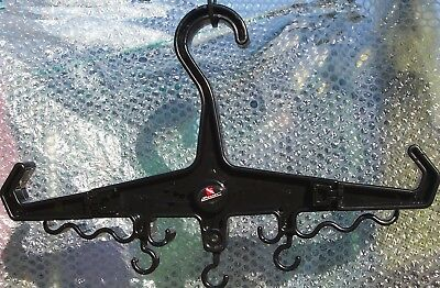 Beaver SCUBA wet suit hanger & octopus the Carlsberg of hangers? black/yelow/blu