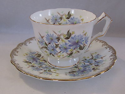 VINTAGE AYNSLEY ENG CHINA TEA CUP&SAUCER WHITE WITH BLUE FLOWER GOLD PRE OWN