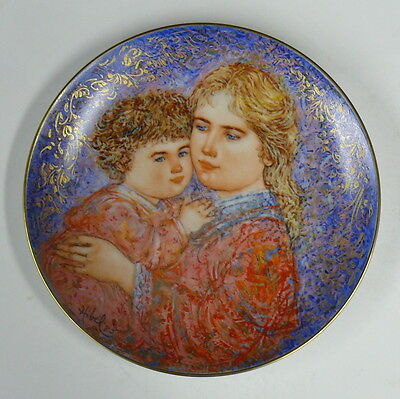 EDNA HIBEL MOTHER'S DAY PLATE   CRESTED IN LAYERS OF PIGMENT & 22 kt GOLD w/COA