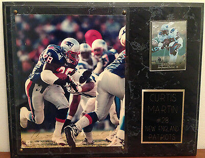 Curtis Martin New England Patriots #28 SIGNED 8x10 Photo Plaque (Authenticity)