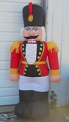 Nutcracker inflatable 12ft airblown soldier christmas for Airblown nutcracker holiday lawn decoration