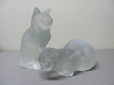Vintage Pair Lalique Frosted Crystal Sitting & Crouching Cat Figures
