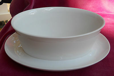 FRANCISCAN CLOUD NINE WHITE GRAVY WITH ATTACHED UNDERPLATE MID CENTURY RETRO