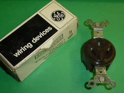 NEMA 10-20R GENERAL ELECTRIC SINGLE RECEPTACLE GE4124-1 NOS 3 WIRE 20A-250V