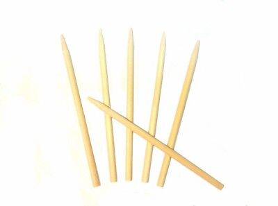 "Case Of 1000 Candy Caramel Apple Sticks Semi-Pointed Wood 5.5"" x 1/4"" Corn Dog"