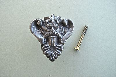 Antique Style Kings Head Cast Iron Furniture Knob Drawer Door Handle Wh44