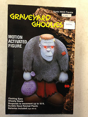 1989 Graveyard Ghoulies Frankenstein Motion Activated Pictures Frankie #ho43