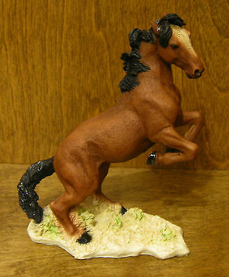 Castagna Horse Figurines #230M MUSTANG Made in Italy, MIB from our Retail Store
