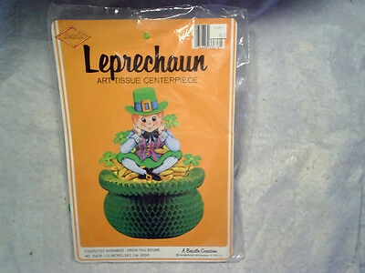 1979 LEPRECHAUN ART TISSUE CENTERPIECE St.Patrick's Day,pot o gold,beistle co.