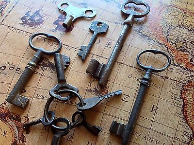 10 Antique Skeleton Keys, Clock Keys, Bulk, Collection, Goth Decor, Steampunk