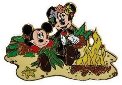 MICKEY+MINNIE Campfire SCAVENGER HUNT Stitch Adventure DCL EVENT LE500 GIFT PIN