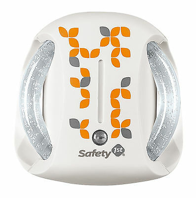 Safety 1st AUTOMATIC PLUG IN NIGHT LIGHT Baby/Toddler/Child Nursery/Bedroom BN