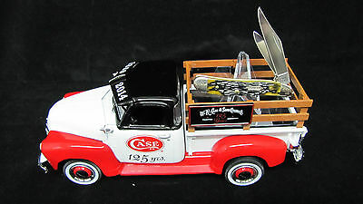 Case cXXv (125 Years) ERTL 1950 Chevrolet Pickup Truck with Knife - NEW - 18801