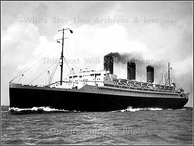 Photo: Grand View: The Legendary Ile De France Out At Sea, 1920's