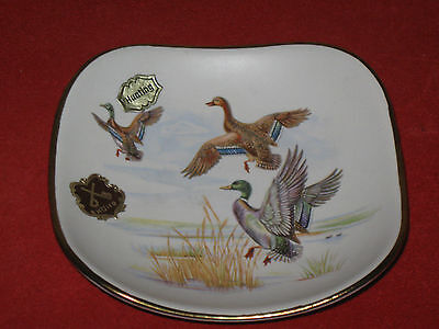 DUMLER & BREIDEN HOHR GERMANY ART POTTERY   HUNTING Ducks Birds Dish  Gold Trim