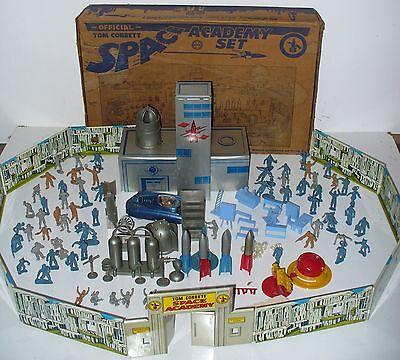 Marx Tom Corbett Space Academy Play Set No. 7009