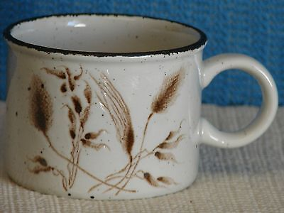 VINTAGE STONEHENGE MIDWINTER WILD OATS CUP/MUG-ENGLAND-MOTTLED WHEAT PATTERN