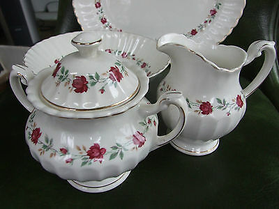 J & G MEAKIN Red ROSE MARIE Creamer & Covered Sugar Bowl MINT