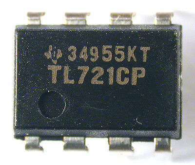 2 Mil-Spec Fairchild 10177198 uA710 Voltage Comparator ICs
