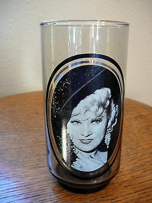 ARBY'S 1979 - OLD TIME HOLLYWOOD CINEMA PROMO GLASS - MAE WEST  - EX