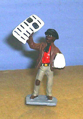 TOY SOLDIERS METAL AMERICAN YOUNG NEGRO BOY SELLING NEWS PAPERS