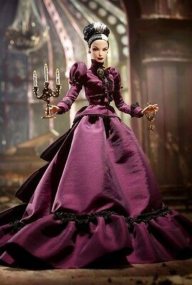 2014 Barbie Haunted Beauty Mistress of the Manor~Gold Label~NRFB~