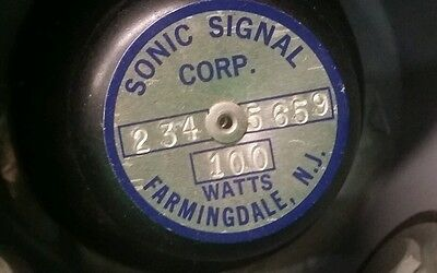 Vintage Federal Sonic Signal Corp 100 Watts Police Car Fire Truck  Siren Speaker