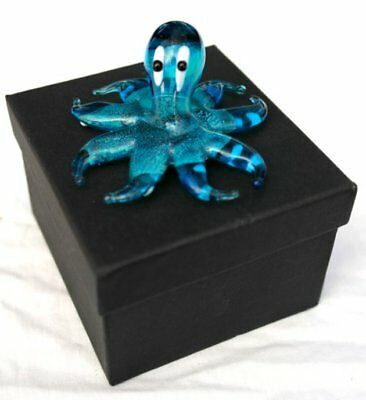 Gorgeous and very cute blue octopus glass figurine